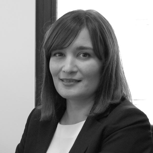 Karen Sturman – Saunders Solicitors